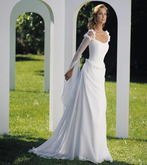 bodice or dress or a graceful onepiece style Celtic Bridal Gowns