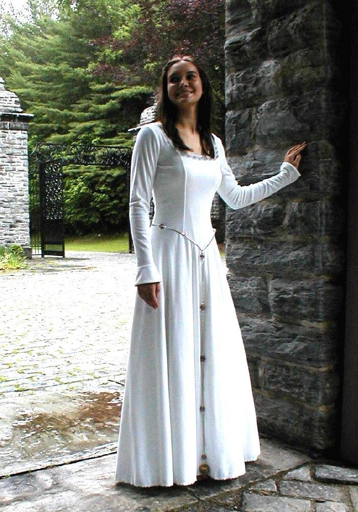 traditional celtic wedding dress