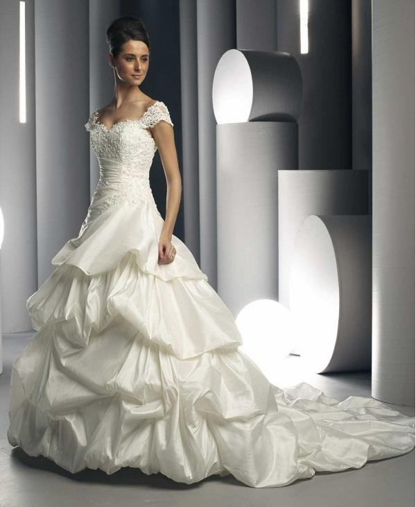 Wedding Dresses Why They Are White And Other Wedding