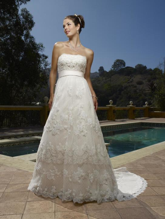 Spanish Wedding Dresses and Wedding Gowns