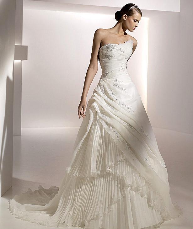 Romantic wedding Bridal dresses