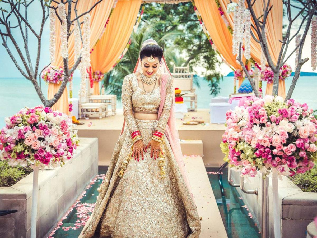 indian wedding dresses featured