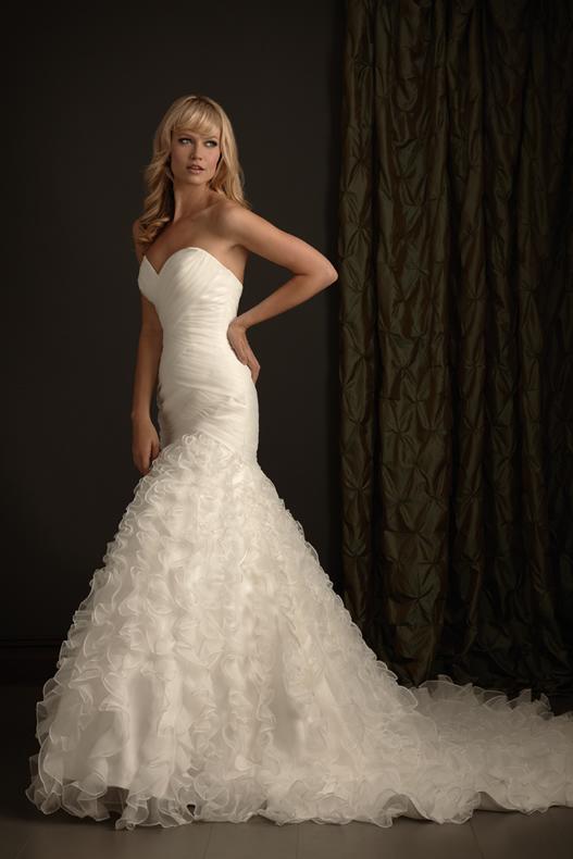 wedding dresses romantic
