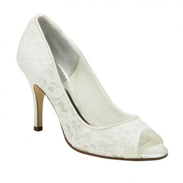 Elegant ivory Bridal shoes
