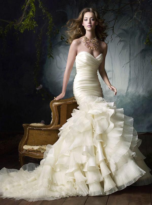 Long Lazaro Wedding Dresses