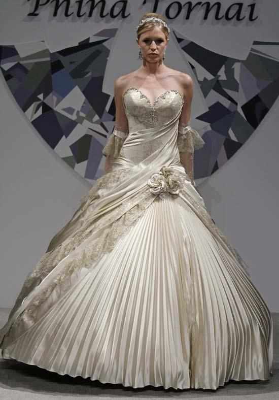 Pnina Tornai Wedding Dress For Bride more