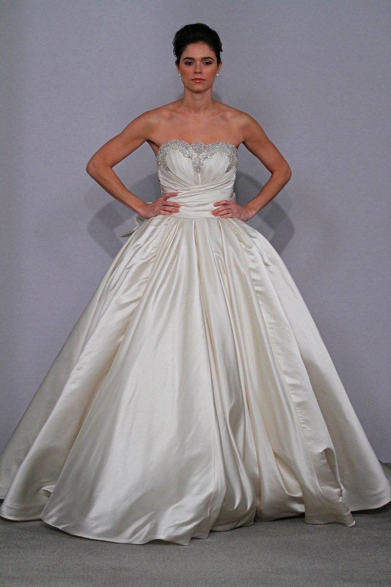 Pnina tornai wedding dresses wedding dresses guide for Pnina tornai wedding dresses