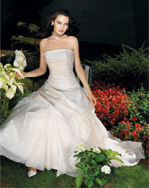 White Garden Wedding Dresses