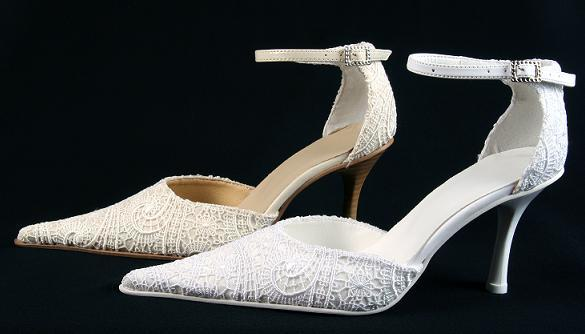 bridal shoes with lace