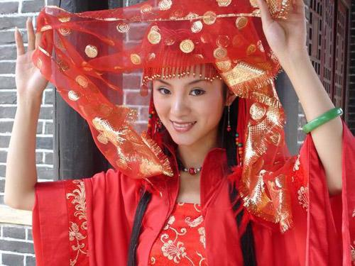 Chinese Bridal dresses