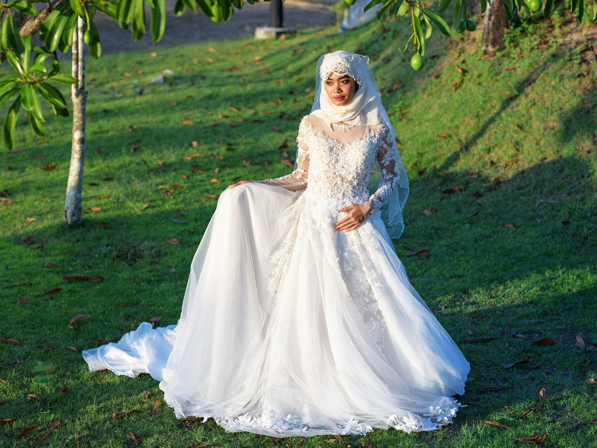 18 of the most exclusive muslim wedding dresses wedding for Muslim wedding guest dresses