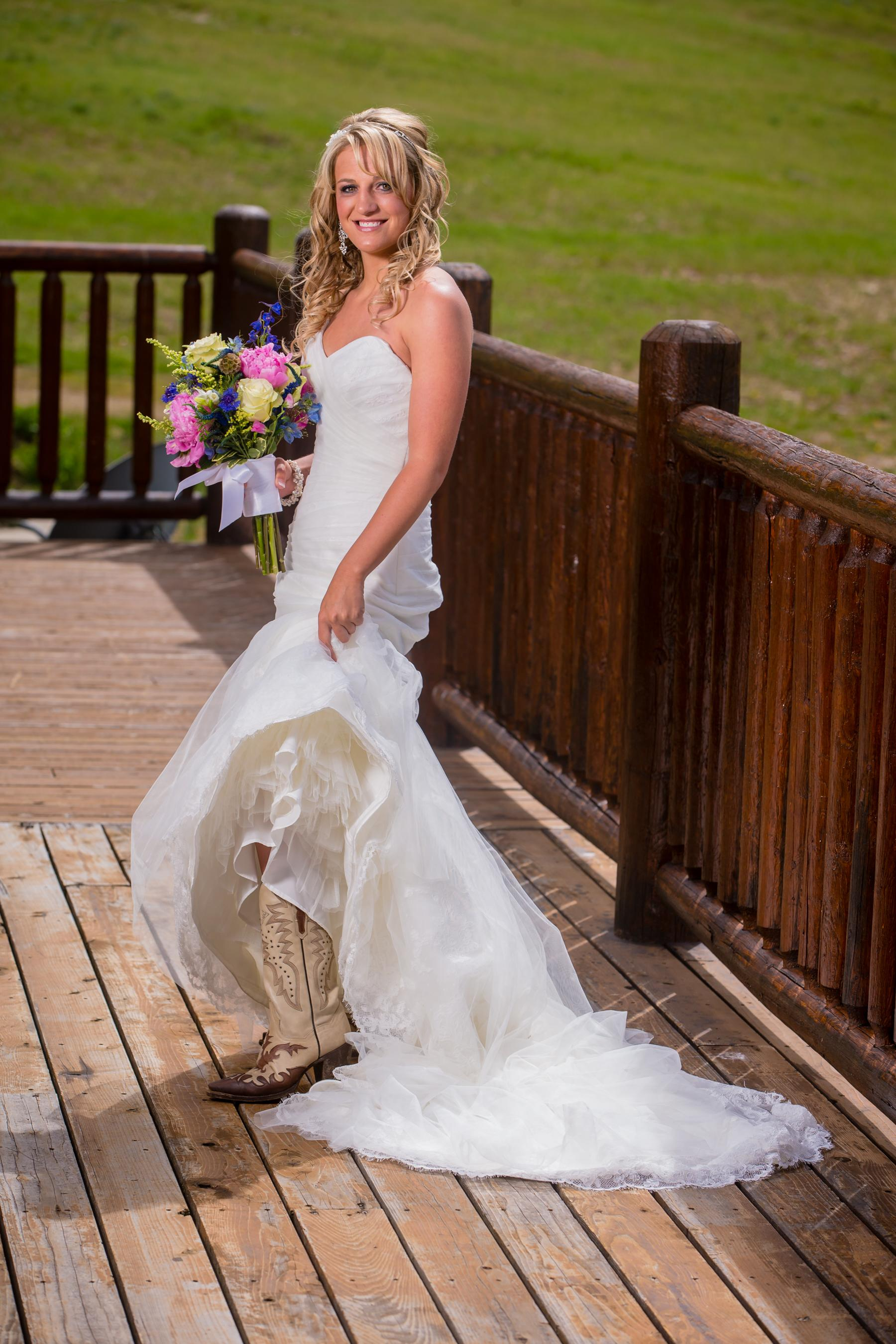 cowgirl-dresses-for-weddings