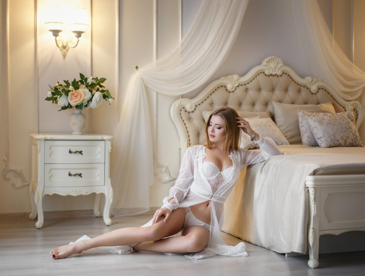 bridal weddiing lingerie