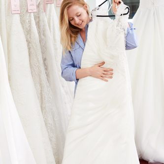how find cheap wedding dresses