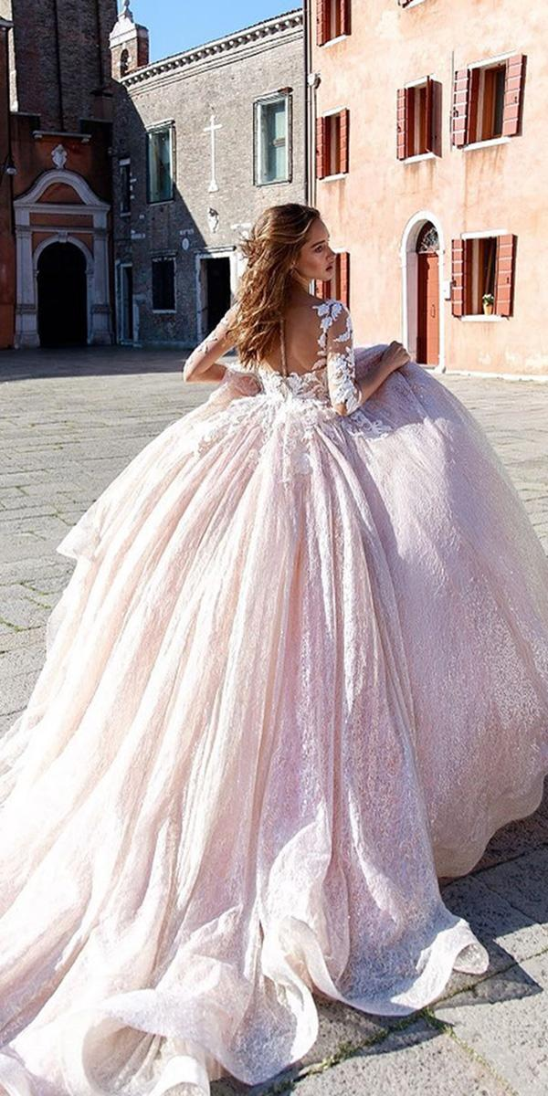 how to choose a wedding dress ball gown with tatto effect back sleeves ricca sposa