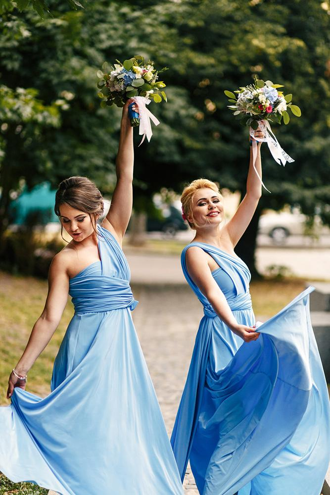 how to choose best bridesmaid gowns blue dresses