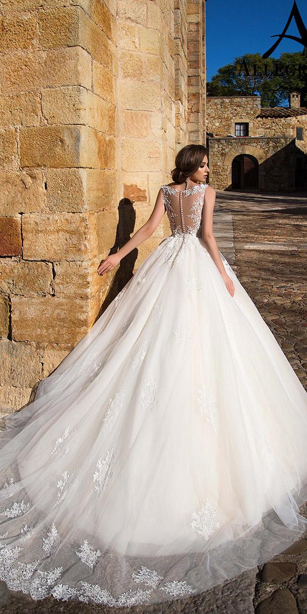 aline with tattoo effect and button train allegresse wedding dresses