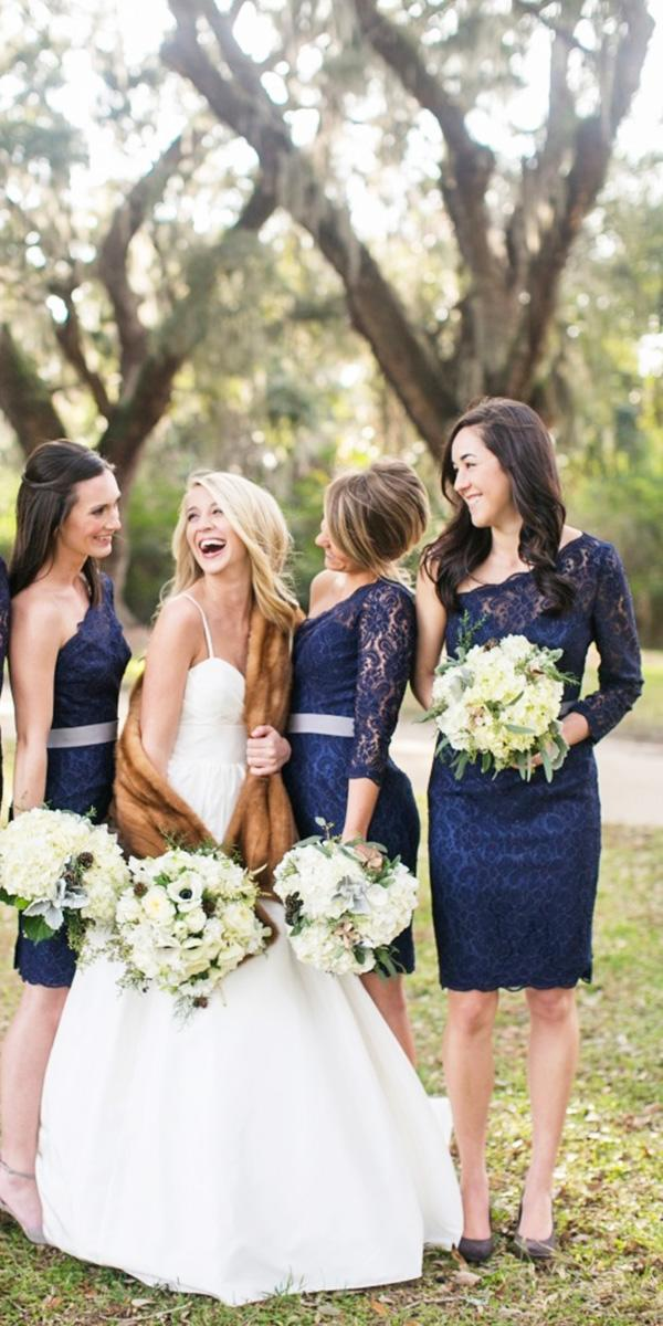 knee lenght lace navy bridesmaid dresses with assimetric sleeves