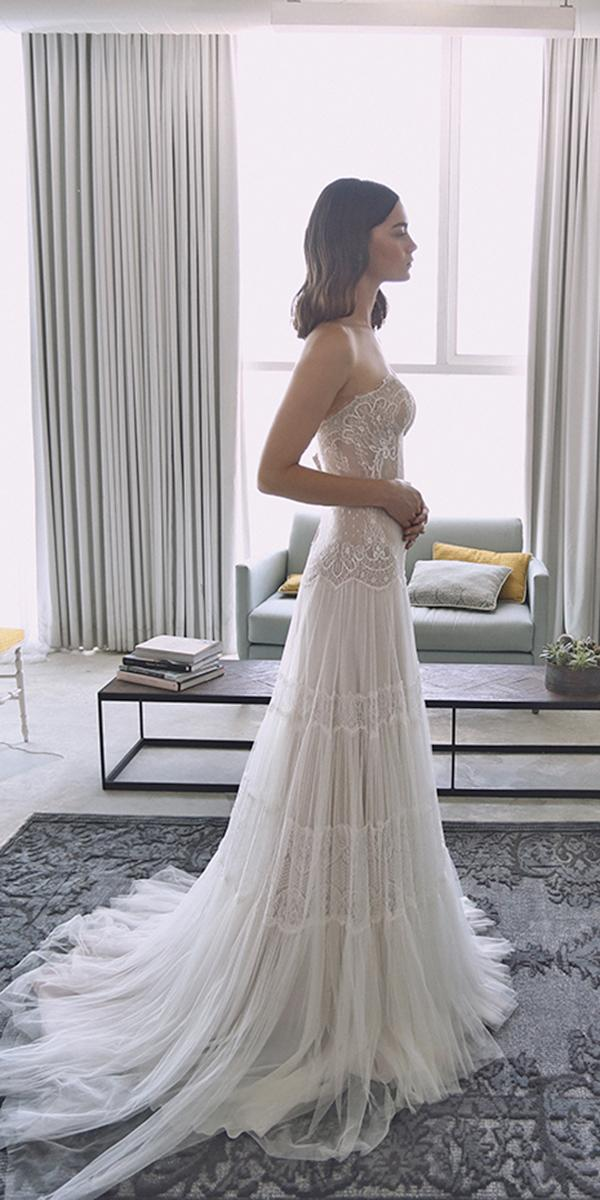 lace sheath with sweetheart and train lihi hod wedding dresses