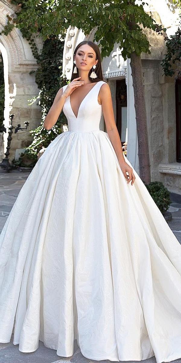 modest wedding dresses ball gown v neckline simple sleveless eva lendel