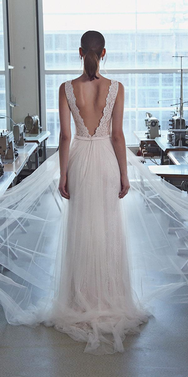 sheath with open back and train lihi hod wedding dresses