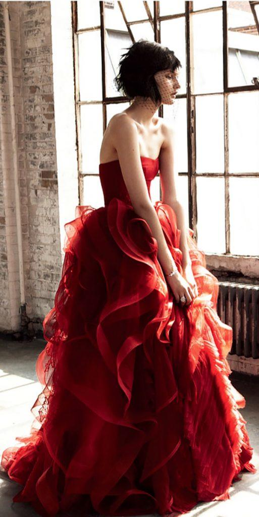 strapless slight curve red colored wedding dresses with ruffled skirt vera wang