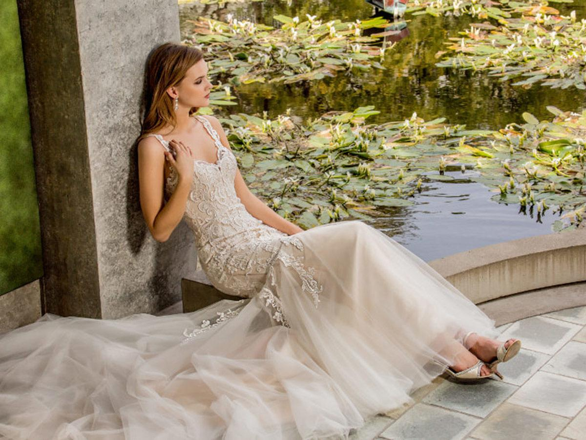ivori mermaid with v neckline lace strap and train enzoani wedding dresses