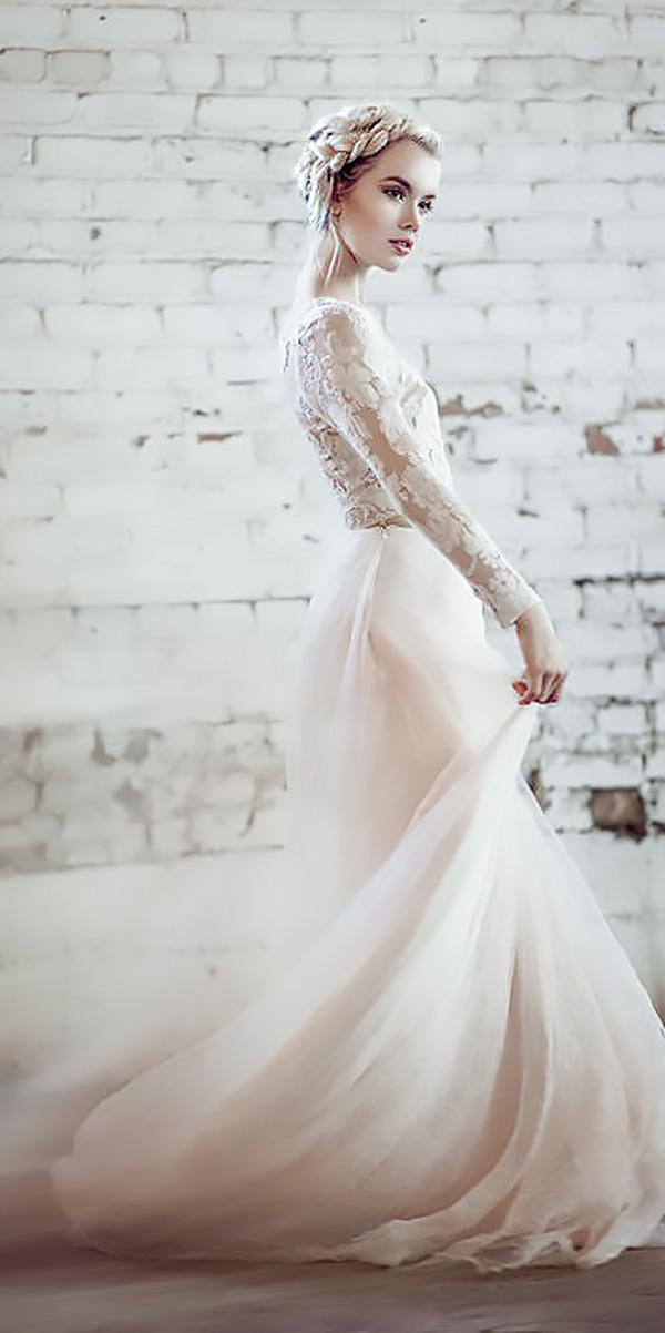 beach wedding dresses lace a line with long sleevees linyage