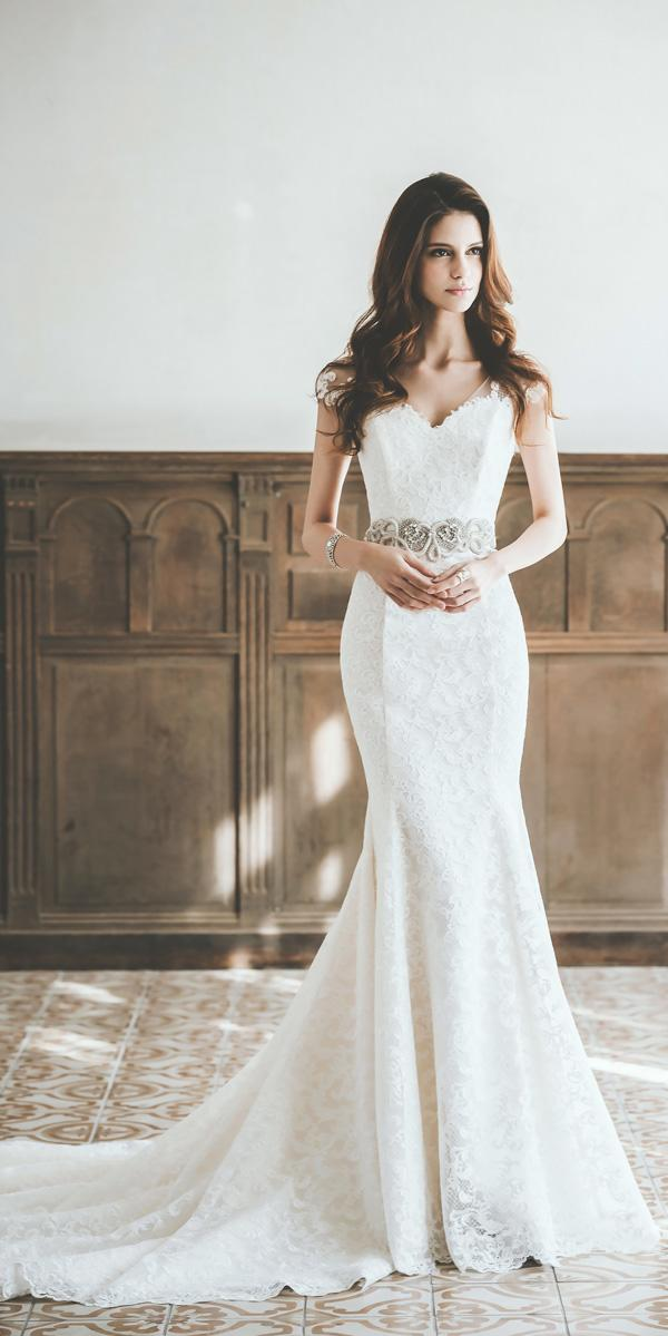 trumpet sweetheart with cap sleeves neckline vintage wedding dresses prime sposa