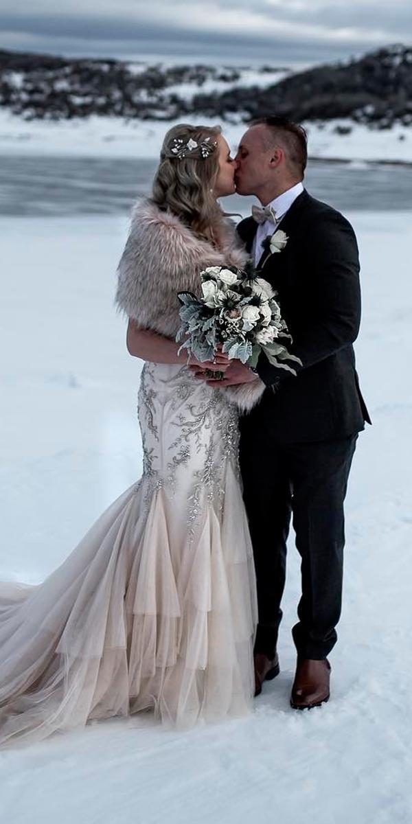 Vintage wedding dresses winter mermaid with fur for Winter mermaid wedding dresses