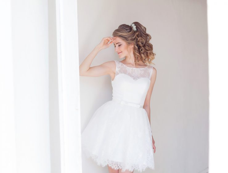 lace short wedding dresses featured