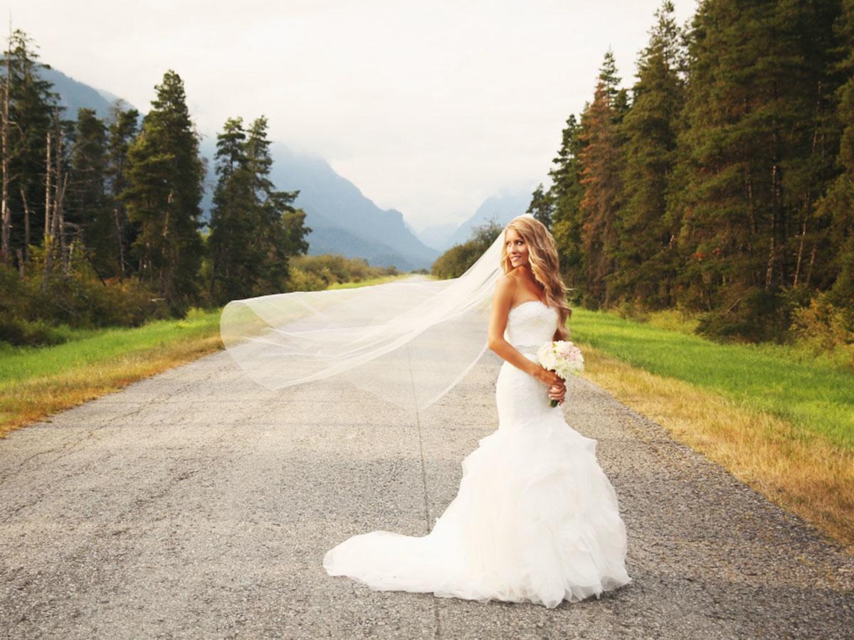 sweetheart mermaid wedding dresses featured