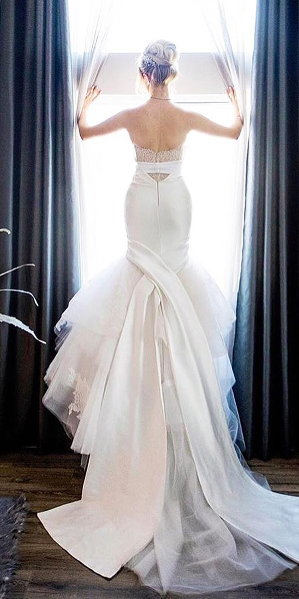trumpet wedding dresses low back with train monique lhuillier