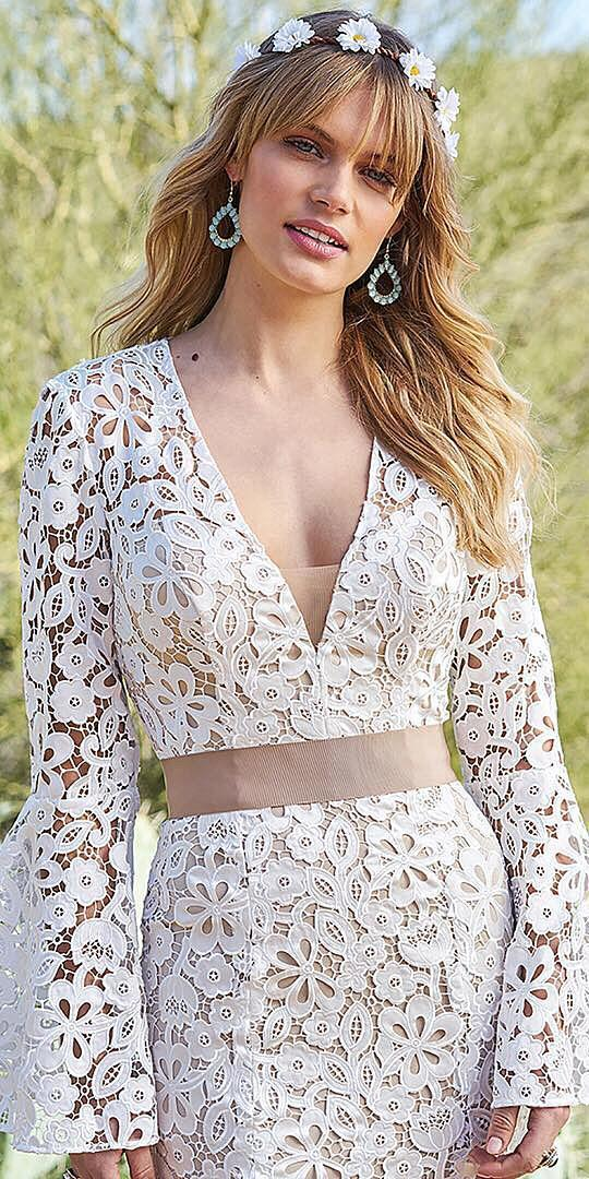 unique lace wedding dresses v neckline with long sleeves beach boho lilian west