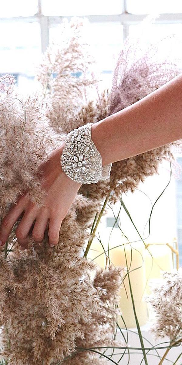 anna campbell wedding dresses 2018 hand accessories
