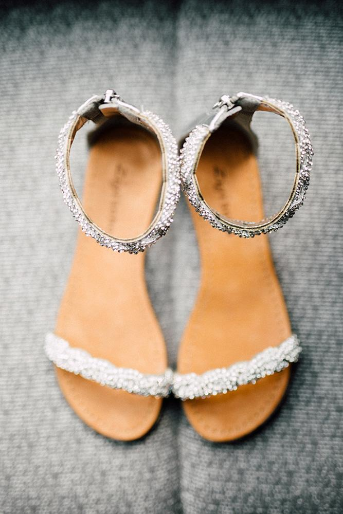 comfortable wedding shoes sandals sparkle beach simply lace photography