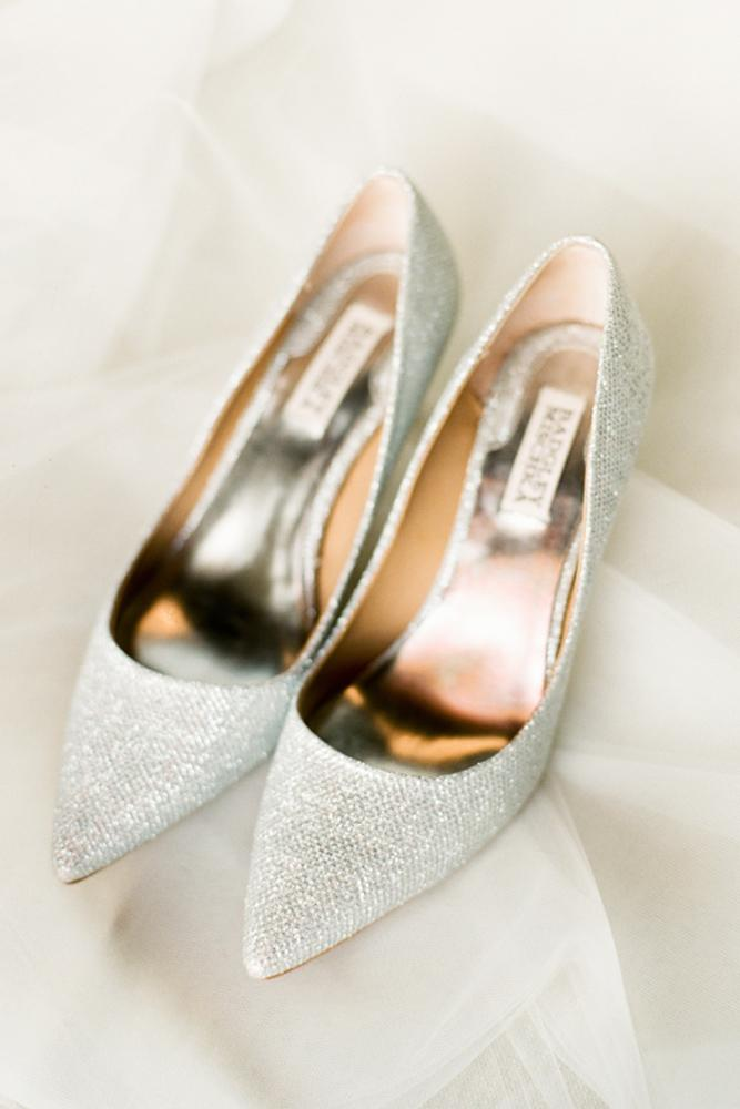 comfortable wedding shoes sequins silver lindsay madden photography