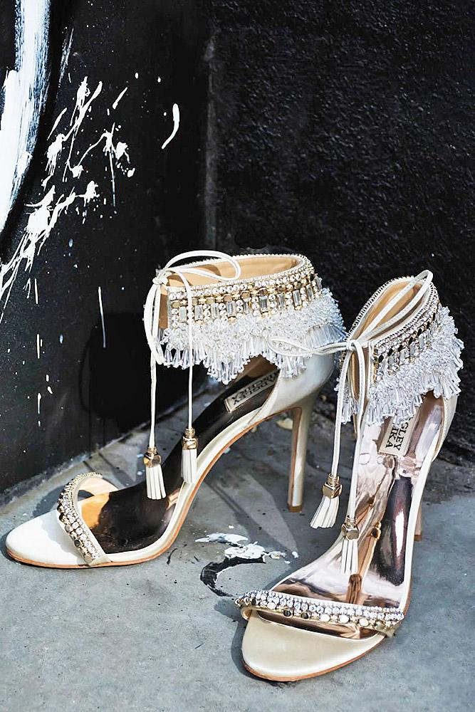 comfortable wedding shoes vintage heels badgley mischka
