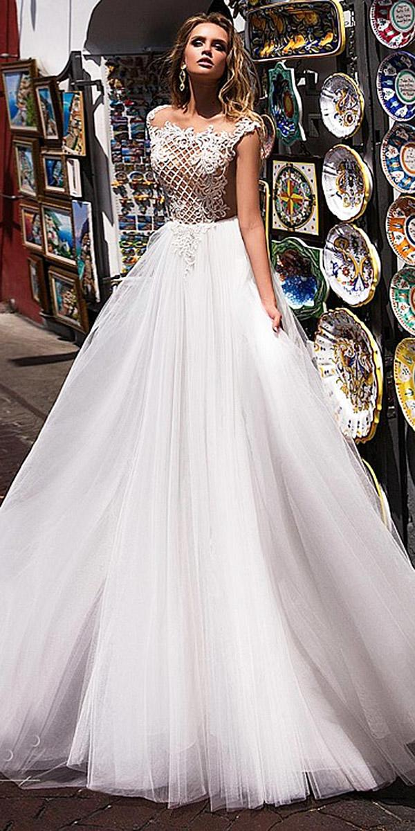 diantamo wedding dresses ball gown with lace top tulle skirt