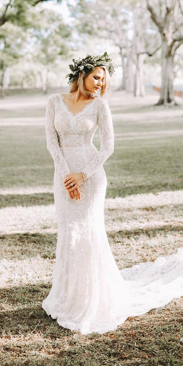 12 barnyard wedding dresses to inspire any bride for Nature inspired wedding dresses