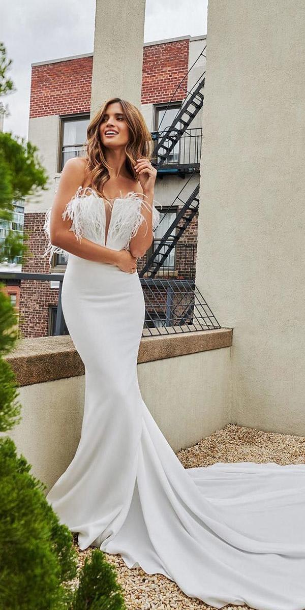 wedding dresses 2018 mermaid with feathers simple train pronovias