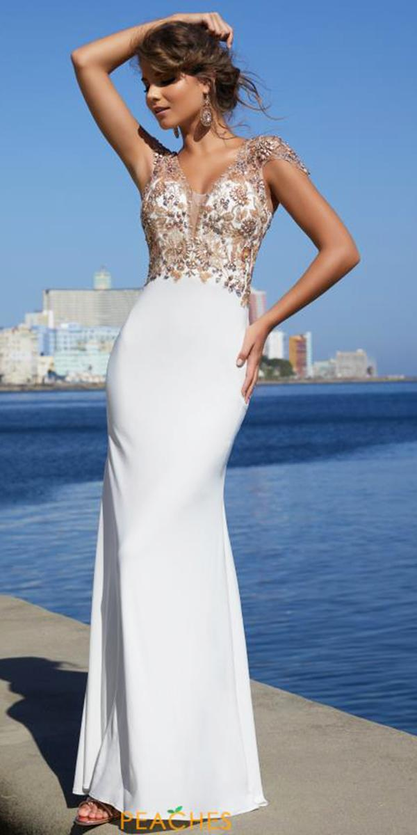 Wedding Party Dresses 21 Chic Looks Wedding Dresses Guide