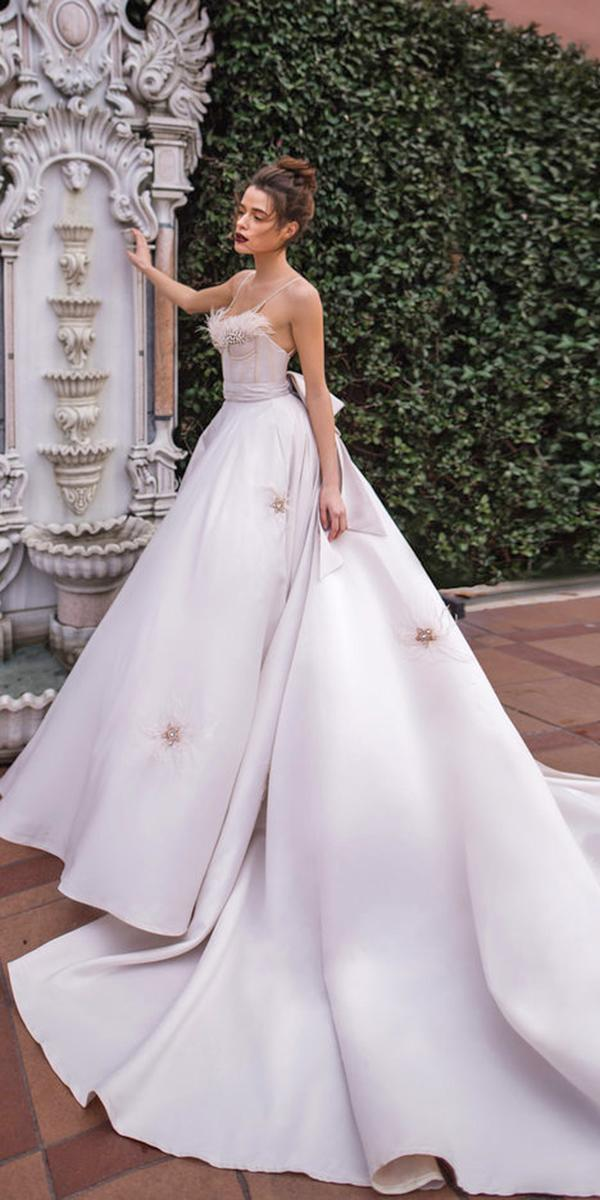 blammo biamo wedding dresses ball gown with straps feathers top train