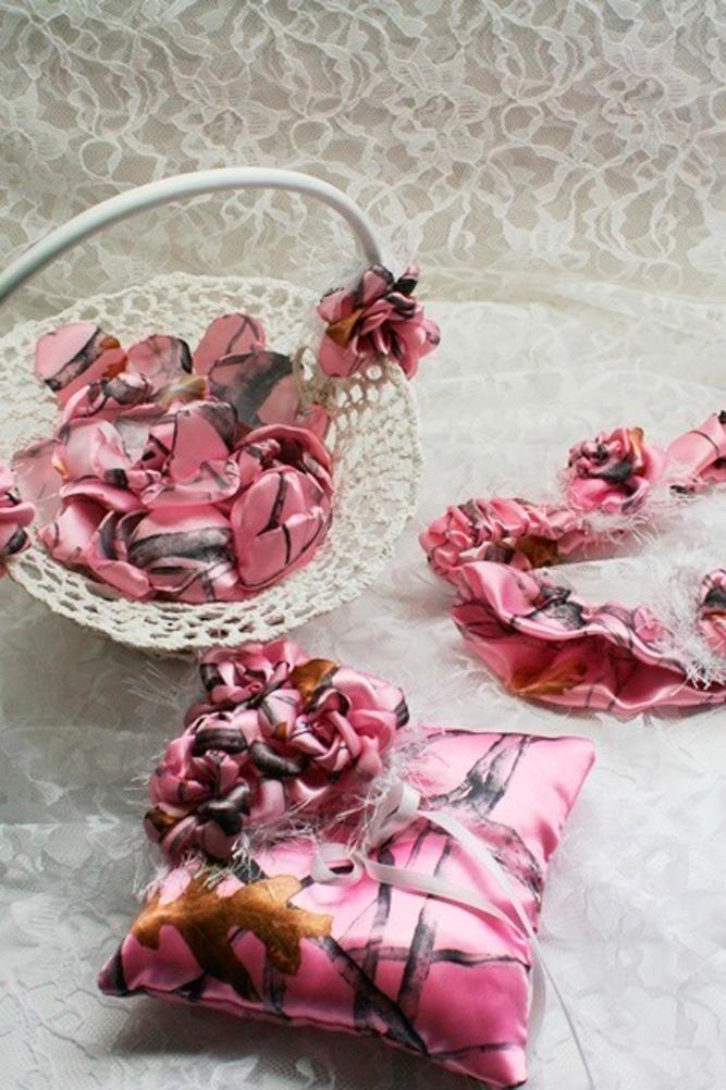 country camo wedding treasures pink pillow bridal garter camo treasures