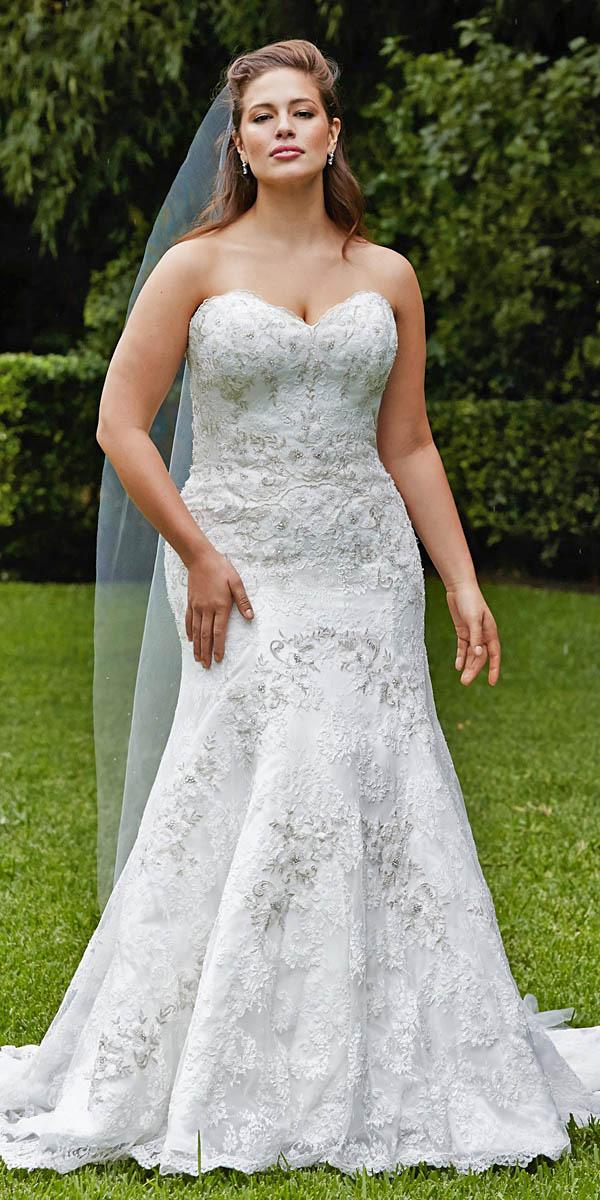 Lace bridal gowns mermaid strapless plus size wtoo for Slimming undergarments for wedding dress