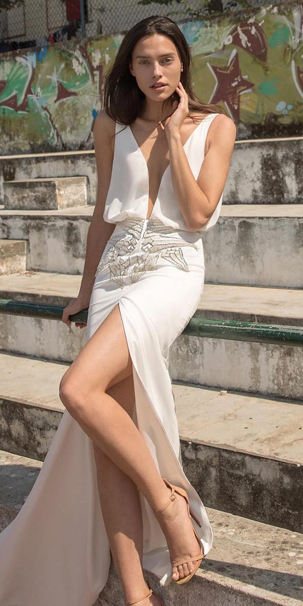 liz martinez wedding dresses deep v neckline with slit sexy beach 2018