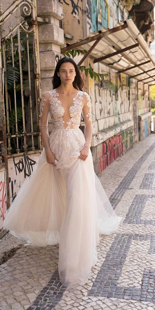 liz martinez wedding dresses with long sleeves lace embellishment 2018 beach sexy