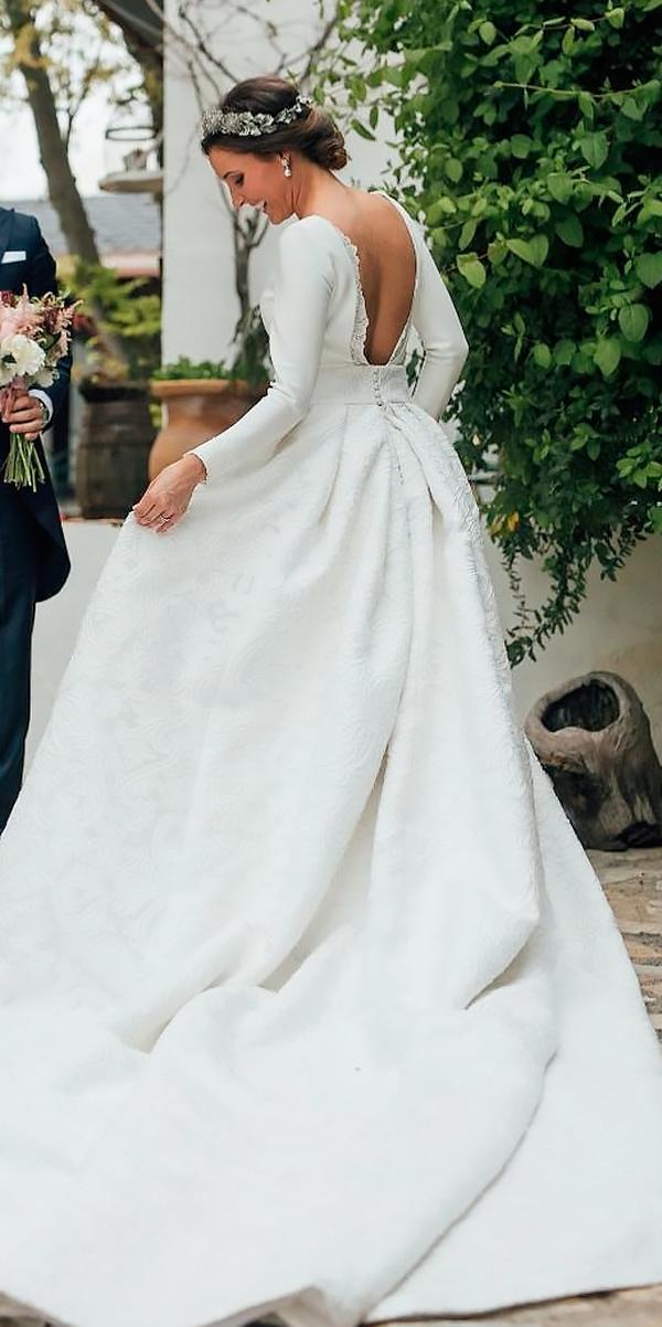 simple modest ball gown open back long sleeve wedding dresses kiwo estudio