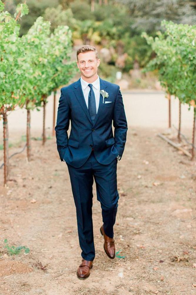 rustic groomsmen attire navy jacket with tie koman photography