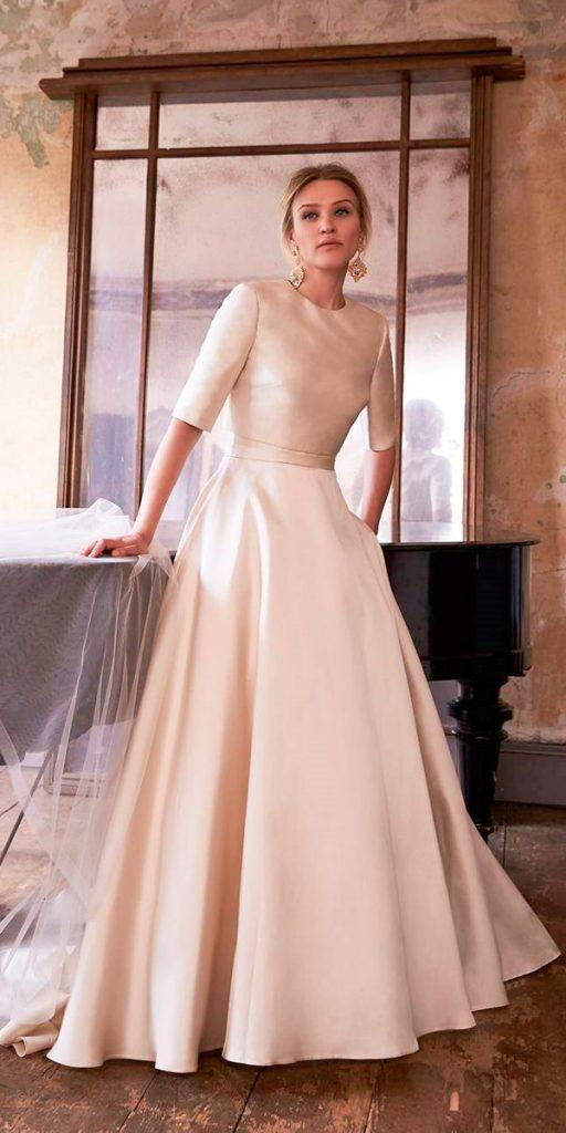 The Perfect Bridal Attire: What To Wear To A Winter Wedding ...